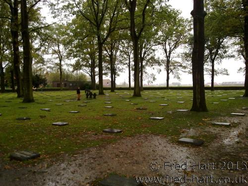 Langemark - No Headstones