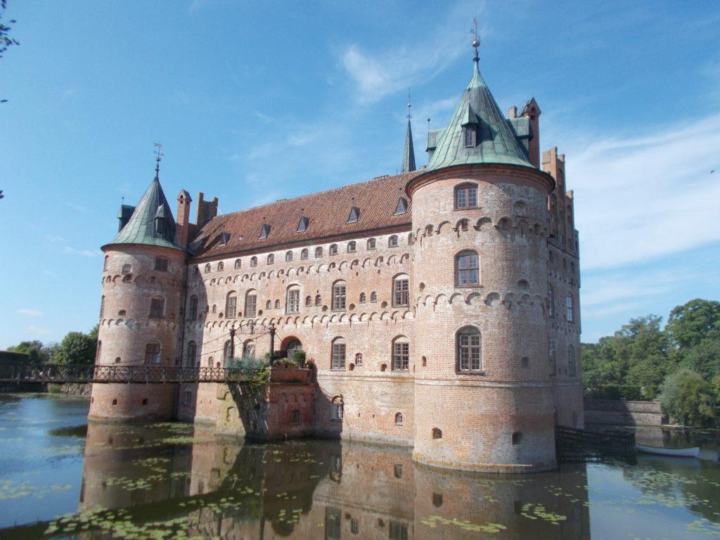 Odense to Egeskov Castle
